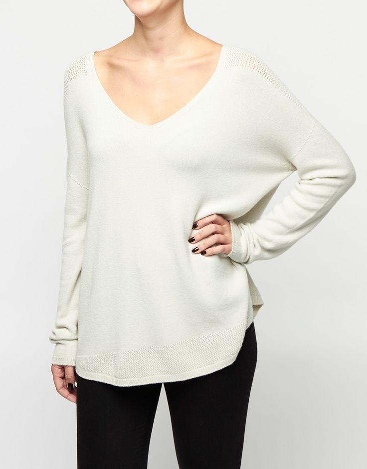 - Trui - V-Neck Sweater Crème