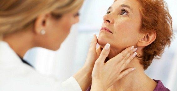Tiroide e ipotiroidismo. Come risvegliare la tiroide. I rimedi naturali e i cibi da preferire o da evitare per i problemi alla tiroide.