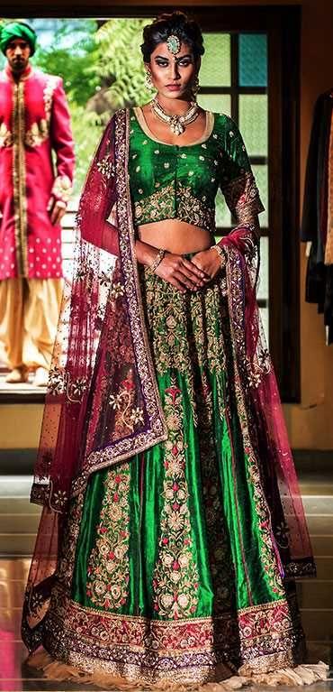 www.dsbtstudio.com www.facebook.com/dsbt.studio https://instagram.com/d_s_b_t #ahmedabad #india #indianbridalwear #indiandesigners #fashion #traditional #indianwedding #marriage #reception #sangeetsandhya #engagement #mehdi #garba #sagai #bridalshower #babyshower #housewarming #womenswear #trousseau #chaniyacholi #choliblouse #dupatta #lehenga #saree #gown #salwarkameez #salwarsuit #anarkali #friends #zardoshi #embroidery #brocade #silk #jodhaakbar #bandbajabaaraat #bandbajabride