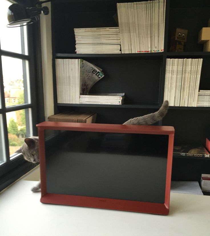 samsung serif tv red mini