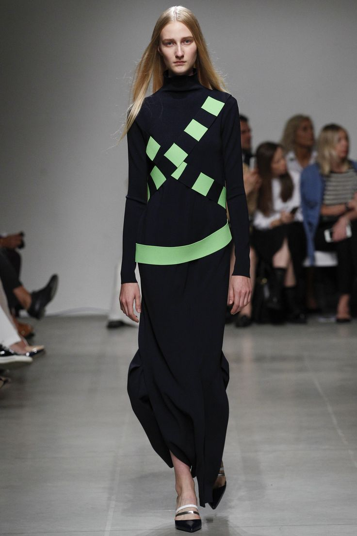 Iceberg Spring 2016 Ready-to-Wear Fashion Show