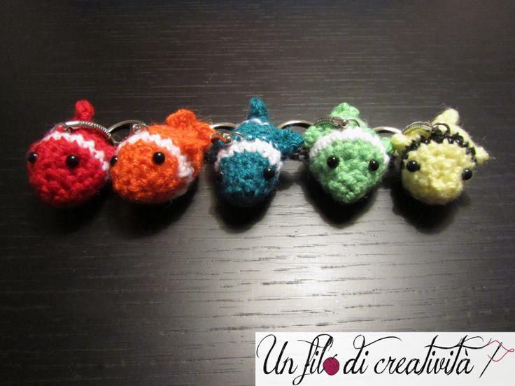 Portachiavi Pesci fatti a mano all'unicnetto. - Keychain crochet handmade fish