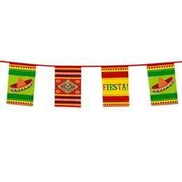 Een plastic vlaggenlijn in Mexicaanse stijl. Lengte: 10 meter. themafeesten mexicaans