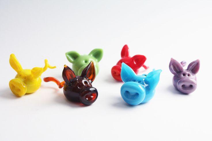 Little glass pigs, lampwork------------ GlassFlemming / Jan Lange & Janita Simula
