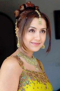 Mallika Kapoor (Actress) Profile with Bio, Photos and Videos - Onenov.in