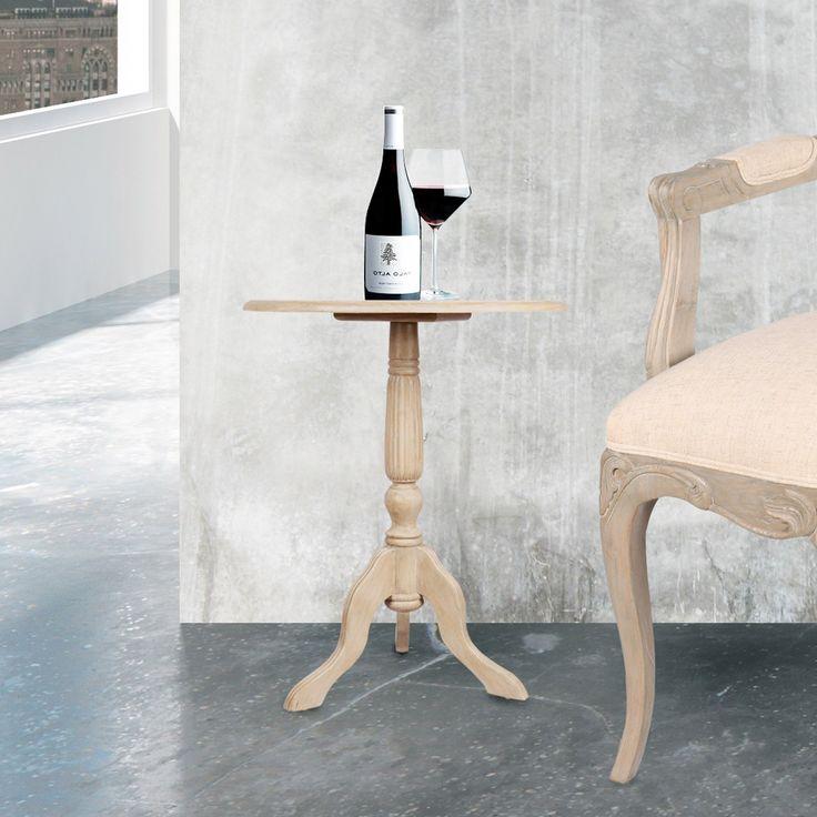Meja kecil berbentuk lingkaran adalah perabot fungsional yang bisa Anda miliki di rumah Anda. Dapat dengan mudah dipindahkan dan digunakan untuk menyajikan makanan ringan dan minuman, atau sebagai penempatan lampu, tanaman, atau buket bunga. Contoh khusus ini berasal dari merek Secret de Maison, dan perancangnya telah menggabungkan semangat yang sama untuk proporsi dan gaya ke dalam bagian kecil ini seperti pada item lainnya pada merek secret de maison. Terbuat dari kayu Mindi, dengan…