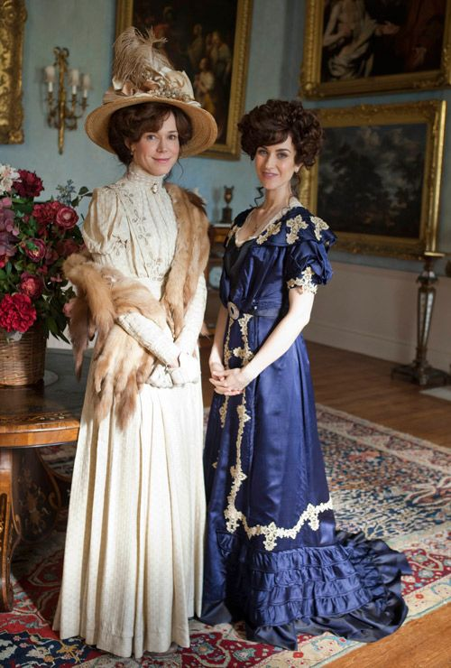 Mr Selfridge Costumes / Mr. Selfridge: 5 questions with the costume designer James Keast behind the opulent new period miniseries starring Jeremy Piven.