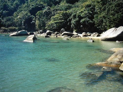 Praia da Enseada – Ubatuba It has many hotels and restaurants close. It is good to relax but it is not the most famous or crowed