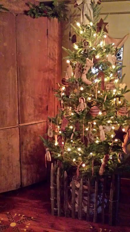 641 best Deck The Halls images on Pinterest Primitive christmas - primitive christmas decorations