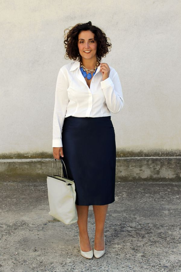 what to wear at work, pencil skirt, striped blazer, smart casual, dress code, formal dress, office dress, come vestirsi al lavoro, abbigliamento formale, curvy, plus size, moda curvy, moda plus size, fashion blogger italiane, fashion blogger curvy, curvy model, plus size model, curvy blog, plus size fashion, gonna a tubo plus size