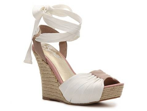 These, I need these! I've been searching for a pair similar for about a year.: Shoes, Espadrilles Wedges, Dreams Closet, Style, Wedge Sandals, Seychel Arden, Arden Wedges, Wedges Sandals, Seychelles Arden