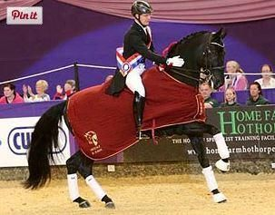 Anders Dahl and Selten HW win the Mount St John Future Elite Championship at 2014 Horse of the Year Show