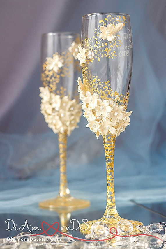 Ivory & gold wedding glasses from the collection Art Flowers, lace wedding, bride and groom, personalized toasting flutes, 2 pcs