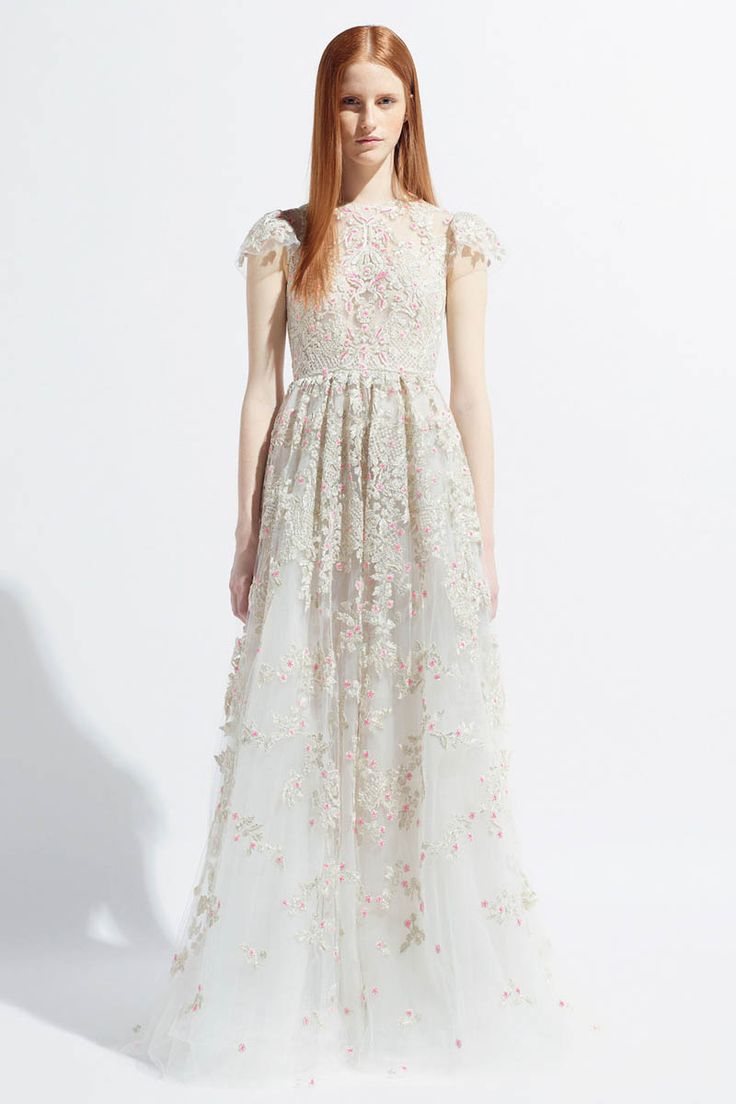 17 Best ideas about Valentino Wedding Gowns on Pinterest ...