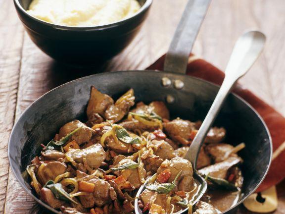 Geschmorte Hühnerleber und Polenta ist ein Rezept mit frischen Zutaten aus der Kategorie Hähnchen. Probieren Sie dieses und weitere Rezepte von EAT SMARTER!