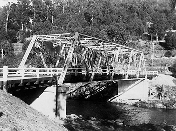 1935 Brisbane's Bridge  Upper Yarra. www.vicroads.vic.gov.au/centenary