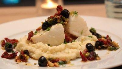 Ovnsbakt torsk med tomat- og olivensalsa