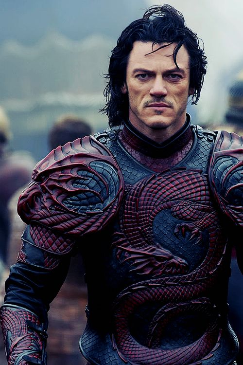 Male Dragon Armour -The new Dracula series? Would love to know if it's molded plastic or tooled leather.