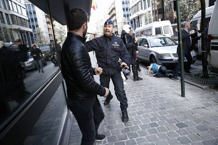 #Media #Oligarchs #Banks vs #union #occupy #BLM #SDF #DemExit #Humanity   Three Kurds stabbed in Brussels in front of Turkey's embassy before casting referendum vote   https://www.neweurope.eu/article/three-kurds-stabbed-brussels-turkeys-embassy-casting-referendum-vote/   Turks knife three Kurds, as they go to cut their referendum votes, while more are injured in front of the Turkish embassy in Brussels, Belgium. 30 Mar. 2017...