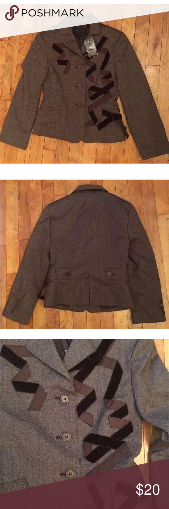 BCBG Maxazria Women's Velvet Blazer BCBGMaxAzria women's brown wool blendlined blazer with velvet ribbon embellishments.The coat is a tailored fit. It is a sizeXXS. For measurements please ask. It is in excellent condition. BCBGMaxAzria Jackets & Coats Blazers