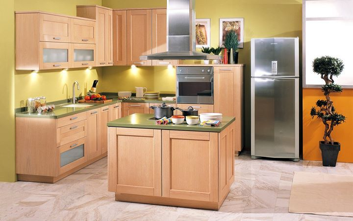 Μια πανέμορφη κουζίνα με χώρους και κλασική αισθητική που ηρεμεί! Η WIDE FRAME χαρακτηρίζεται από τις λιτές γραμμές και το χαρακτηριστικό φαρδύ πλαίσιο στις κάθετες επιφάνειες ενώ οι λαβές από αλουμίνιο συνδυάζονται άριστα με τις σατινέ γυάλινες επιφάνειες.  Δείτε την εδώ: http://ift.tt/1tBEl4C ή σε ένα από τα τρία showrooms μας στην Αττική! #Eliton