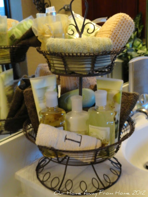 Been trying to figure out for the longest where to put guest toiletries at...perfect!    Toiletries basket- perfect for visitors