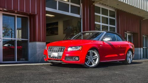 Feel free to use this high resolution picture of Audi S5 Cabriolet as one of your desktop background collection. The picture was especially designed for wallpaper with 1920×1080 pixels. I use this picture as one of my best selection car wallpaper with Audi cars.