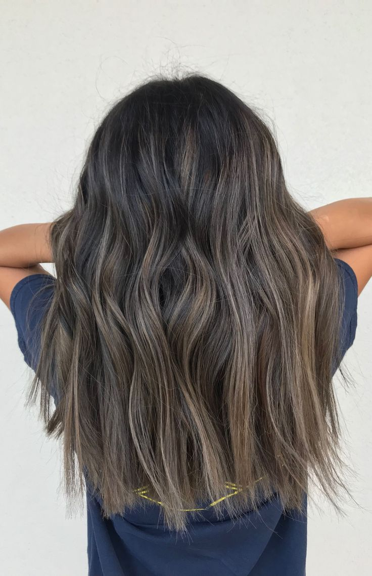 ashy balayage brunettehaircuts cheveux cheveux id e. Black Bedroom Furniture Sets. Home Design Ideas