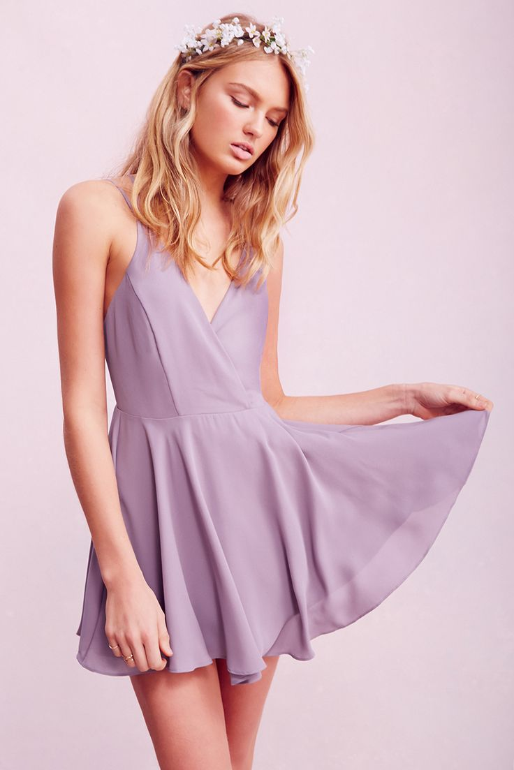 So simple yet the color and the form create a beautiful dress for a special occasion.