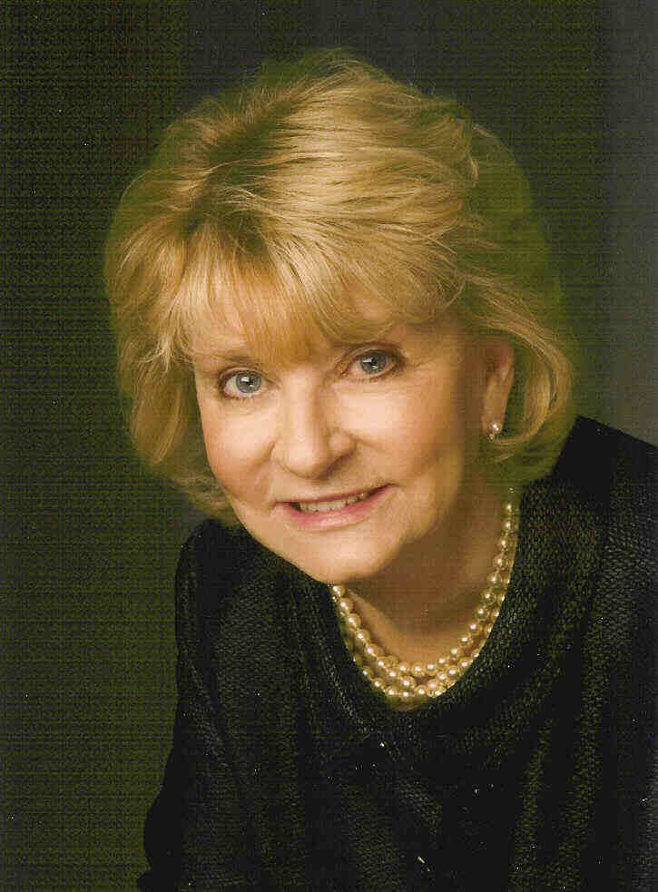 Our Principal Broker Ramona Roberts 479-651-2158 cell 479-648-8000 office  Ramona Roberts began her career in Real Estate in 1975 here in Fort Smith. She opened Ramona Roberts Real Estate in 1985. Ramona has served as a commissioner for the Arkansas Real Estate Commission.  Ramona has always been very active in the community working with many local charities and has served as President of the Board of Directors for the Good Samaritan Clinic.