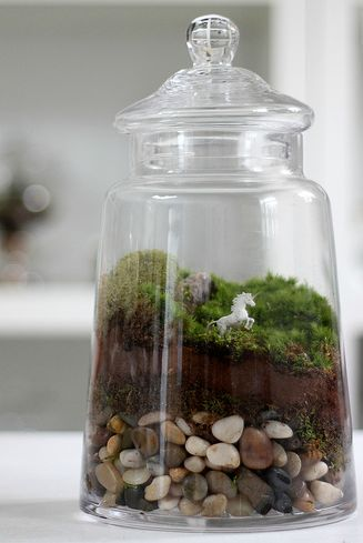 Unicorn Terrarium ::  Cute craft idea to make as a gift for kids.  http://www.sprouthome.com/terrariums-step-by-step/