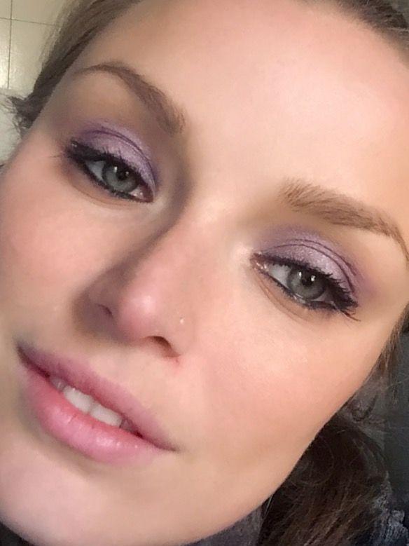 Look of the day ☺ #lookoftheday #look #bellezzaprecaria #makeup #makeupaddict #makeupoftheday #muotd #trucco #truccoocchi #truccodelgiorno #eyes #eyesmakeup #makeupeyes #beauty #beautyblog #beautyblogger #beautyaddict #occhi