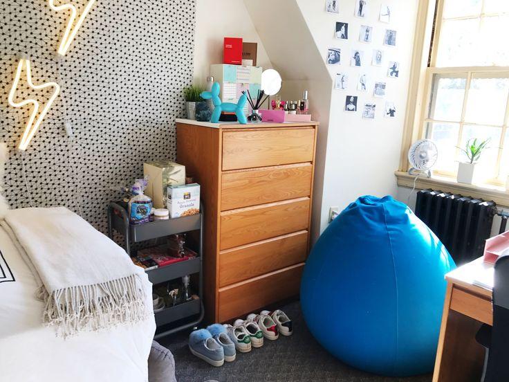 Best 25+ Boarding school dorm ideas on Pinterest | College ...