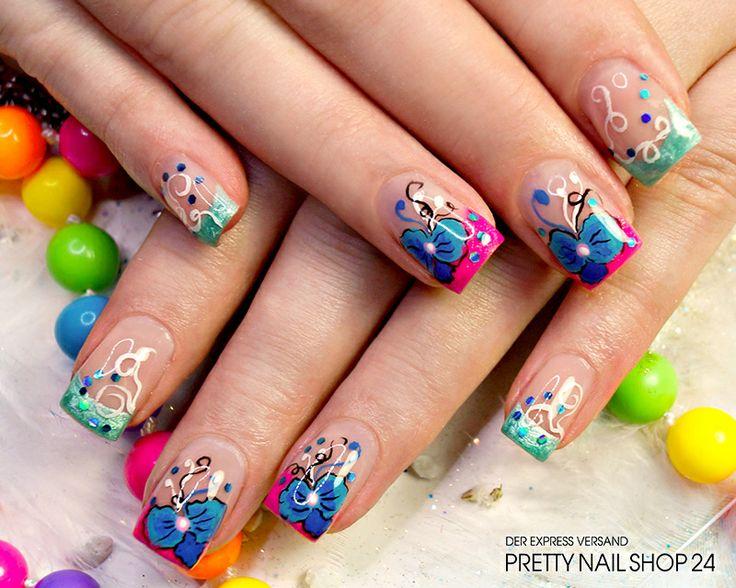 #trendstyle   #pailletten   #stars  #nails Kunterbunt und mit Pailletten wirkungsvoll in Szene gesetzt, lässt dieses Design die Herzen aller Farbliebhaber höher schlagen. Darf es bei Euch auch mal knallig und ausgefallen auf den Nägeln zugehen?