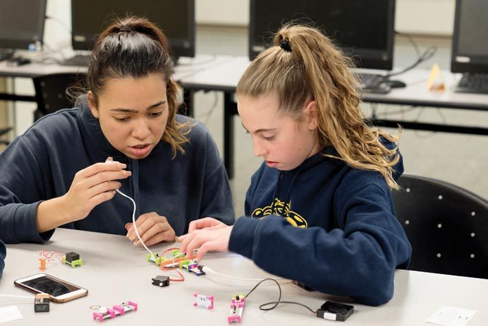Through a grant from the American Association of University Women, the Mount's Project CODE (Creating Opportunities for Digital Education) hosted a robotics workshop for Bishop Dunn Memorial School. Project CODE provides technology workshops and training for underserved middle school girls in the City of Newburgh.