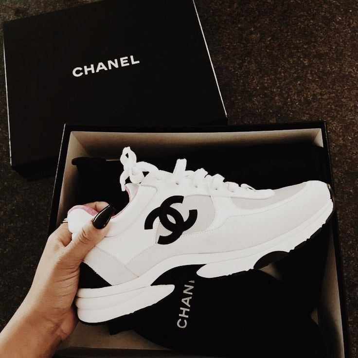 Sporty shoes, Chanel sneakers, Dad sneakers