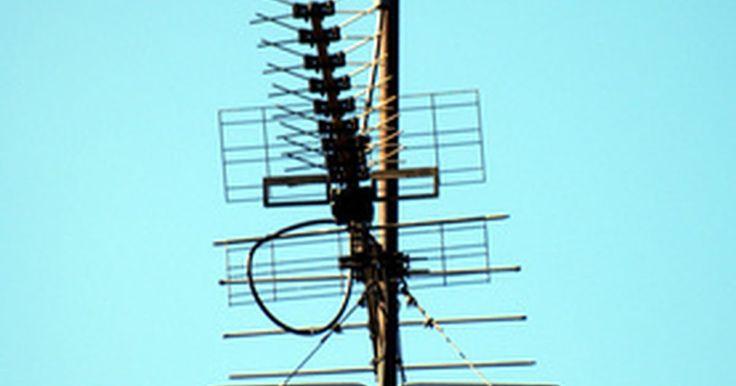 ¿Cómo programar una radio Kenwood?. Kenwood, junto con la marca Vertex Standard de Yaesu, son dos de los principales fabricantes de estaciones de radioaficionados. Los transceptores/receptores compactos más comunes que fabrica Kenwood son el tri-banda TH-F6A y el doble banda TH-F7E. Ambos son adecuados para cualquier radioaficionado con licencia técnica, sin importar si acabas de ...