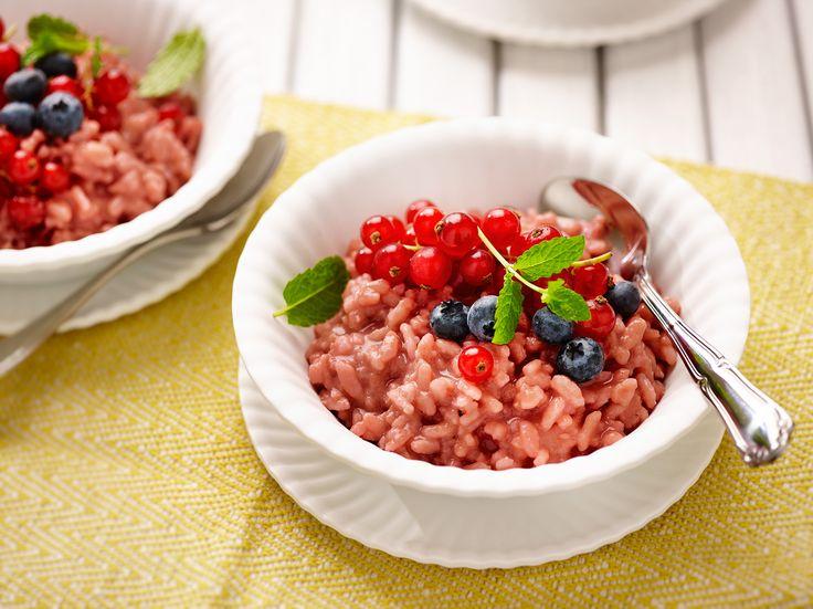 Riz dessert au jus de groseilles rouges et groseilles fraîches. #bosto…