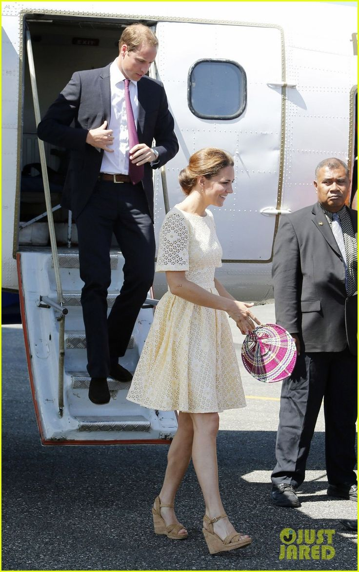 Prince William & Duchess Kate: Guadalcanal Island Jetsetters!  Airport and Eyelet Chic: Duchess Of Cambridge, Cambridge Diamonds, Prince Williams, Cambridge Arrival, International Airports, Kate Middleton, Duchess Kate, Solomon Islands, Catherine Duchess