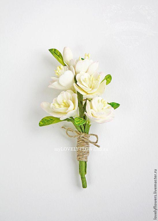 Купить Бутоньерка-брошь с цветами ручной работы - цветы ручной работы, цветы из полимерной глины