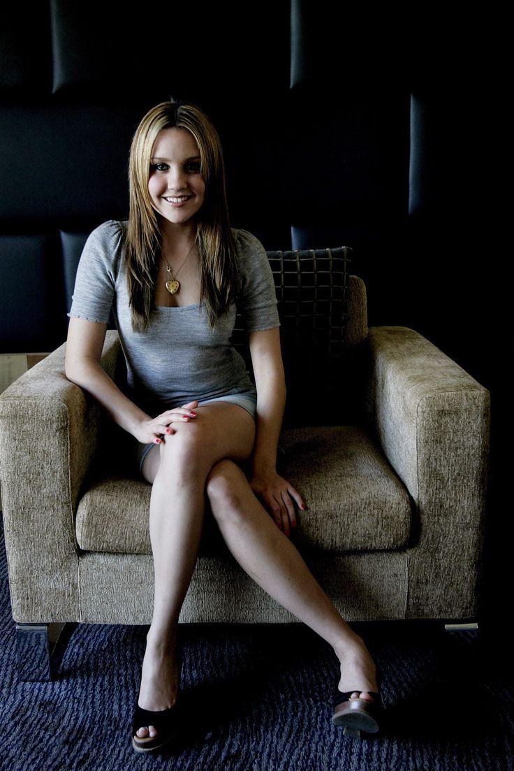 Amanda Bynes In Tight Gray Top And Gray Skirt | California ...