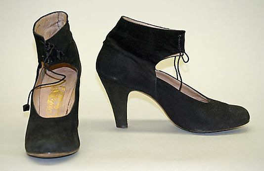 Pumps Salvatore Ferragamo (Italian, founded 1929) Designer: Salvatore Ferragamo (Italian, 1898–1960) Date: 1949 Culture: Italian Medium: suede Dimensions: Heel to Toe: 7 3/4 in. (19.7 cm) Credit Line: Gift of Ralph and Carolyn Colin in memory of Georgia T. Colin, 1995