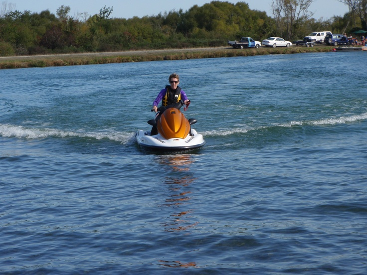 Hooning around at Lake Hood = great way to spend Christmas.. Christmas Day 2011