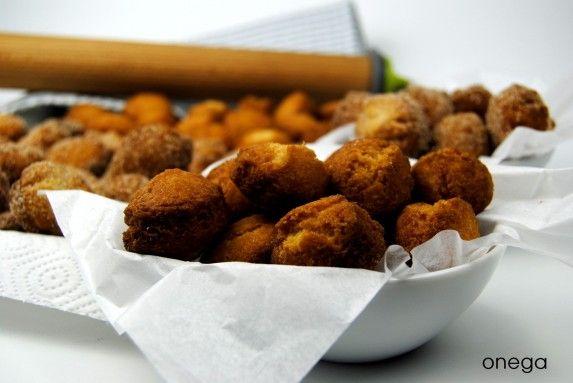 Bolitas de masa frita tipo rosquillas (Muzenmandeln)