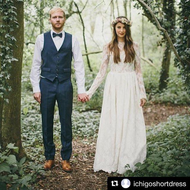 【wedding_bridal_suit】さんのInstagramをピンしています。 《#suit#order#sample#スーツ#オーダー#wedding#結婚式#タキシード#新郎#ハワイ#挙式#ドレス#いいね#フォロー#時計#靴#ウェディング#コーデ#ウェディングドレス#weddingday#happy#ナチュラル#花飾り#蝶ネクタイ#Bowtie#森#フォトグラファー》
