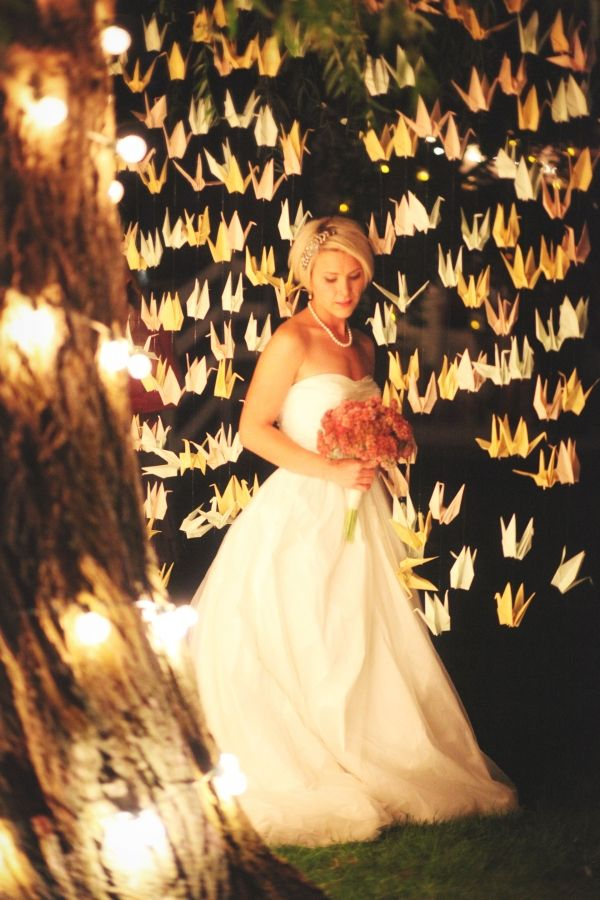 I would LOVE to have 1000 origami cranes at my wedding!