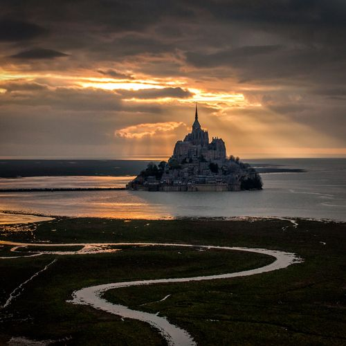 The heaven light over the Mont Saint-Michel   France (by Mathieu Rivrin)