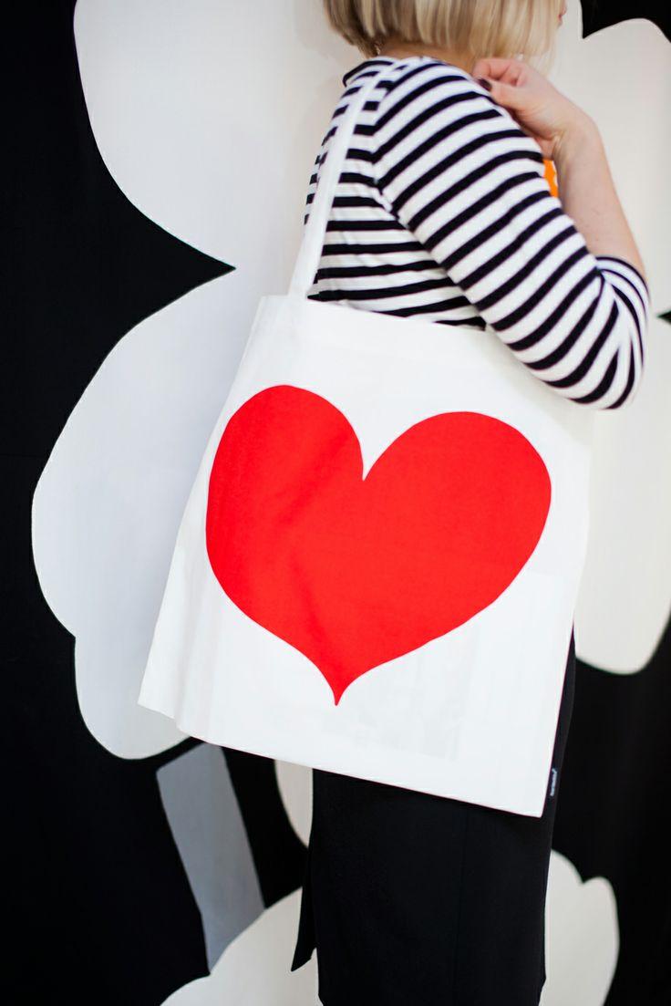 For Your Valentine: Marimekko´s Herttanen bag & Tasaraita shirt
