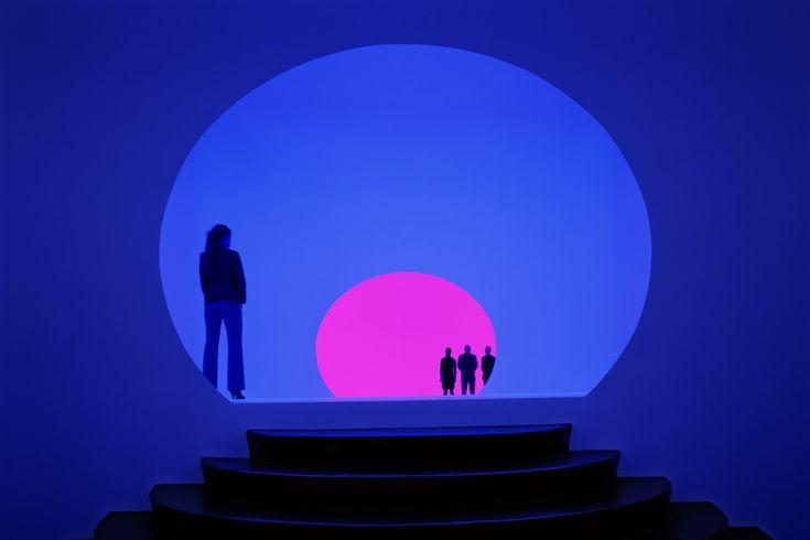 James Turrell's Akhob Is A Vibrantly B'ful Ganzfeld Art Exhibit In Las Vegas