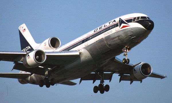 Here's my favorite airplane: Delta Air Lines Lockheed L-1011 TriStar.
